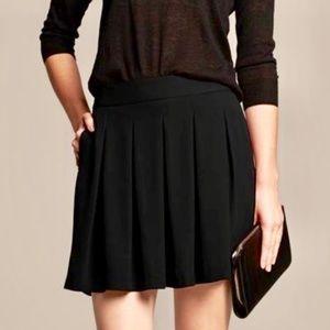 Banana Republic box pleated black mini skirt • 6